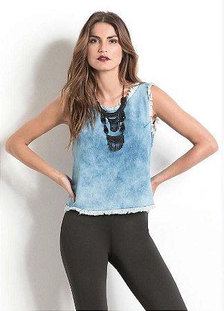 Blusa Jeans Quintess com Barra Desfiada