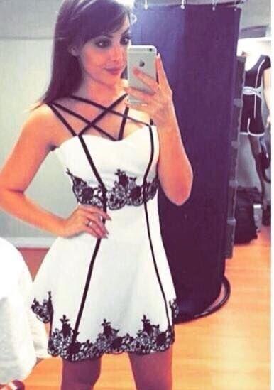 Vestido Jacquard Recortes Decote