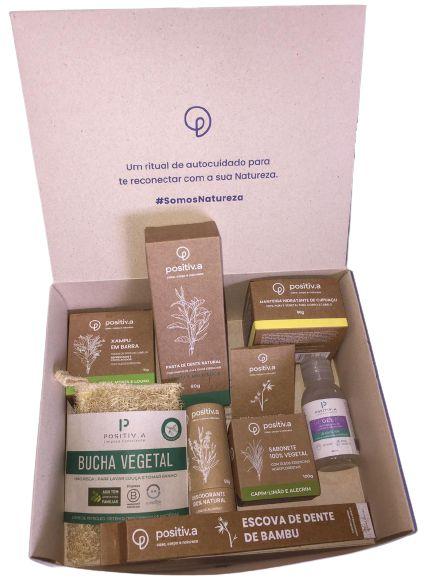 Positiv.a Kit Higiene e Autocuidado c/ 9 itens + Caixa para Presente Tamanho M