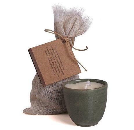 Ares de Mato Vela Aromática Herbal com Eucalipto, Alecrim e Cedro 80g