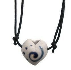 Colar Aromatizador Pessoal de Cerâmica - Coração