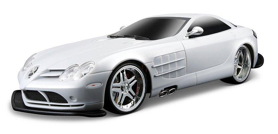 Carro de Controle Remoto Mercedes-Benz SLR Mclaren Escala 1:10 - Maisto