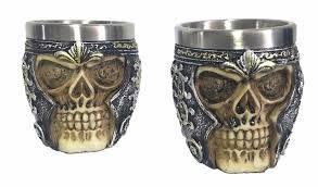 Conjunto c/ 2 copos Shot Crânio / Caveira / Skull Medieval 3D