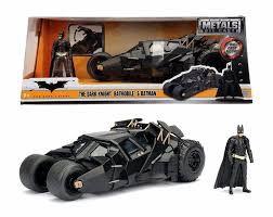 Metals Die Cast Batmobile The Dark Knight: Batman: O Cavaleiro das Trevas c/ Miniatura do Batman