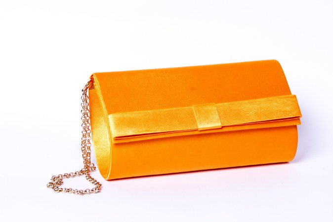 Clutch festa laranja cetim mini laço
