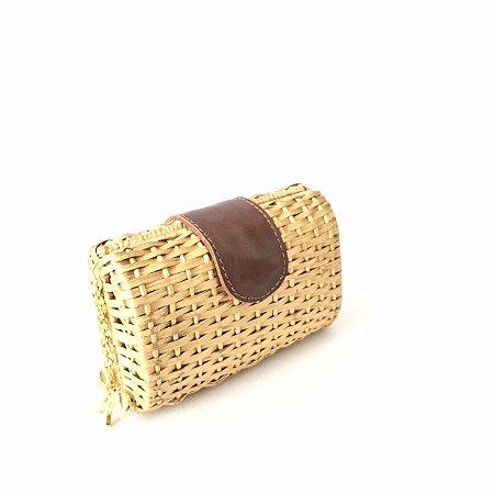 Clutch palha em vime couro dourada box
