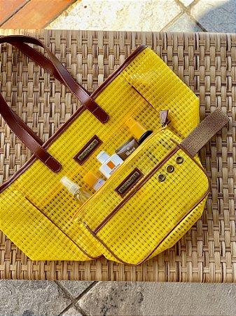 Kit Bolsa de praia em tela amarela Quadrada e Necessaire amarela
