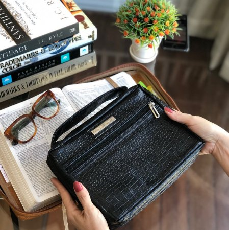 bolsa para biblia em couro preta croco