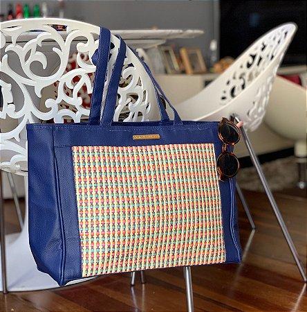 Bolsa de palha e tecido azul color