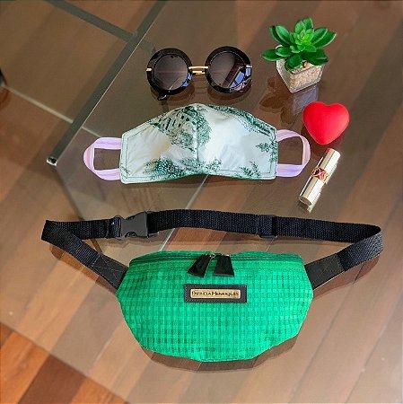 Kit Máscara de Tecido Protetora Estampada Dupla Face e Pochete tela verde