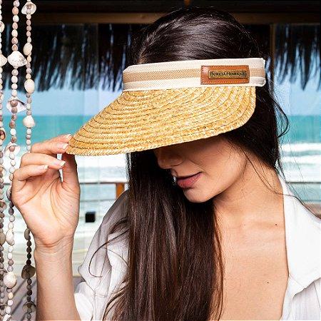 Chapéu de praia em palha