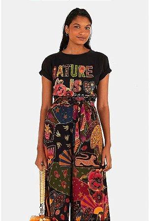 T Shirt Farm Media Nature is The Future Feminino Preto