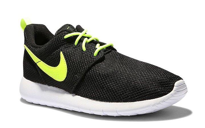Tênis Nike Roshe Run GS