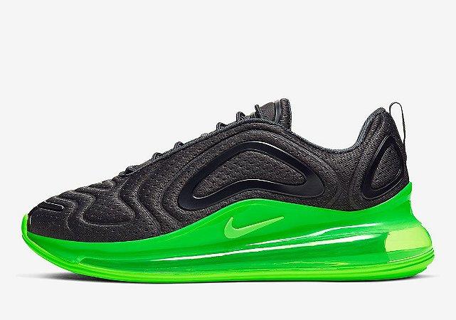 Tênis Nike Air Max 720