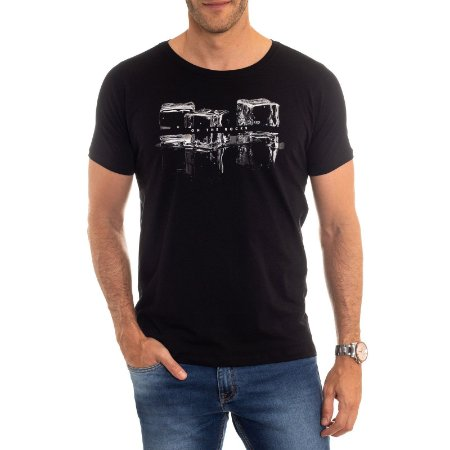 CAMISETA RED FEATHER ON THE ROCKS MASCULINA