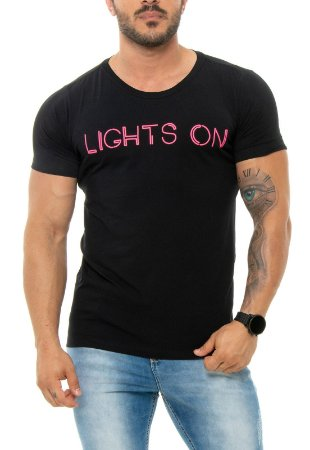 CAMISETA RED FEATHER LIGHTS ON PRETA MASCULINA