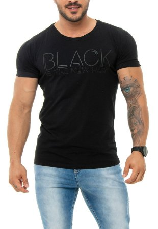 CAMISETA RED FEATHER BLACK IS THE NEW HACK MASCULINA