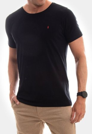 CAMISETA RED FEATHER Básica preto masculina