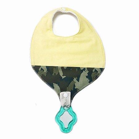 Babador com prendedor de chupeta Amarelo + mordedor Verde