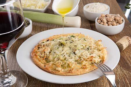 Pizza de Frango e Alho Poró