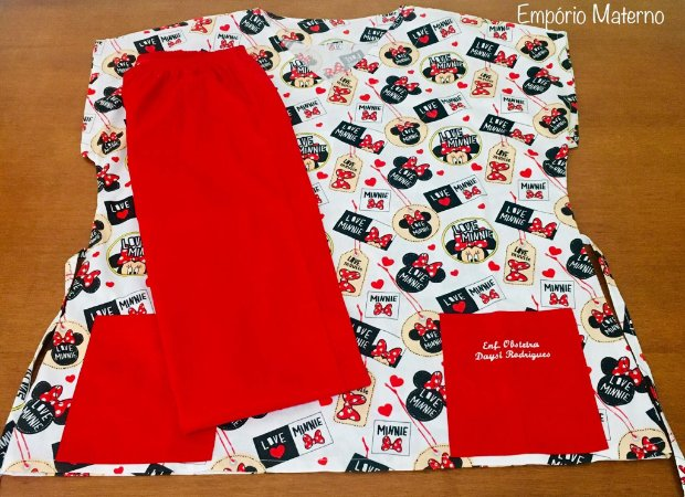 Pijama Cirúrgico - Gola V - Manga Japonesa - Blusa Estampada Minnie 01 - Cor da calça opcional