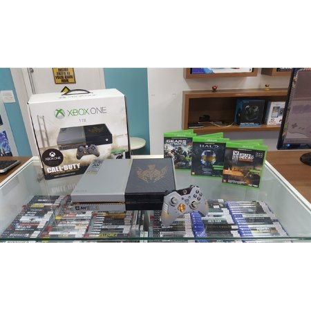 Xbox One 1TB Edição Especial Call of Duty Advanced Warfare [Semi-novo] + 3 Jogos