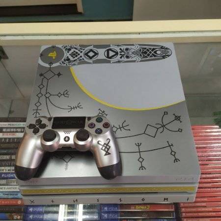 Playstation 4 Pro 1TB Edição Especial God Of War [Seminovo]