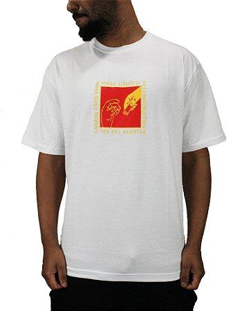 Camiseta Mess x Vision Support Branca
