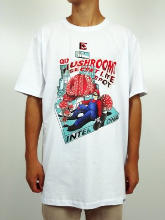 Camiseta Qix Mario Mushrooms Spot