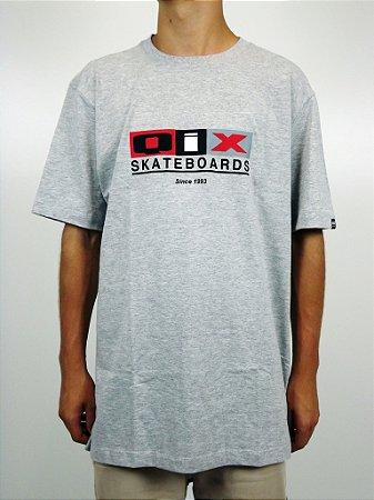 Camiseta Qix Classic Logo