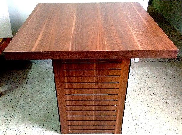 Mesa ripada Rústico.