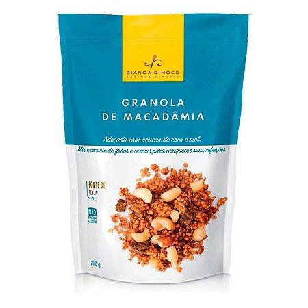 Granola de Macadâmia Bianca Simões