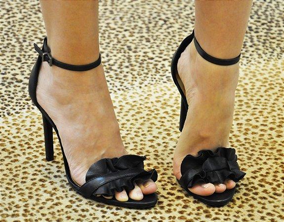 Sandália Ruffle Black Schutz