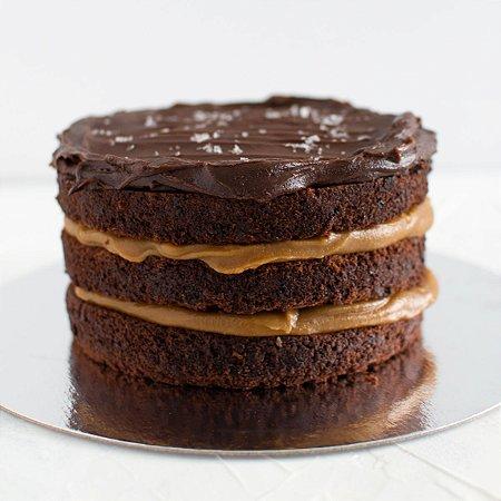 Bolo de Chocolate com Caramelo Salgado