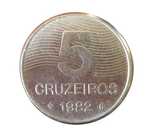 Moeda Antiga do Brasil 5 Cruzeiros 1982 - Café