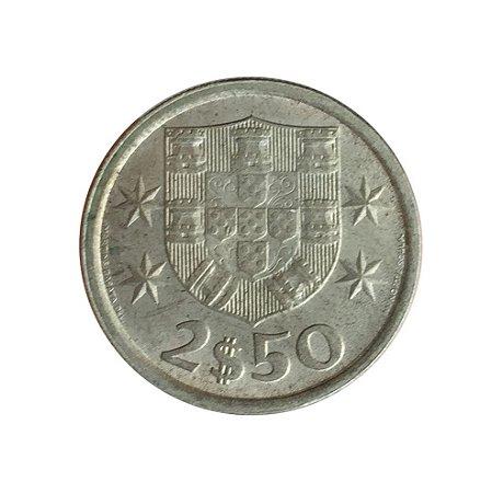 Moeda Antiga de Portugal 2,50 Escudos 1975