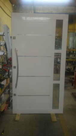 Porta Pivotante Alumínio Reforçada (L X A)