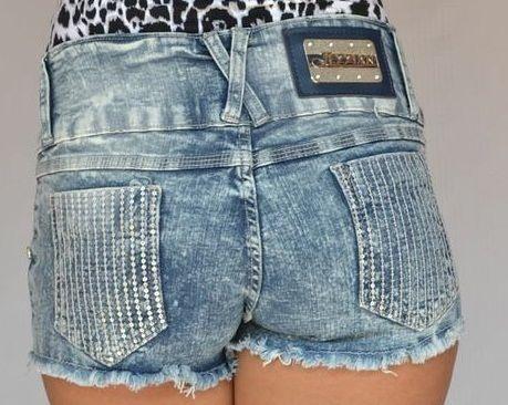 Shorts Jeans Boyfriend Manchado Jezzian com Lantejoulas