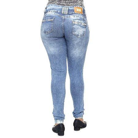 0c45ead1e Calça Jeans Sawary com Enchimento no Bumbum - Compre Agora - Andando ...