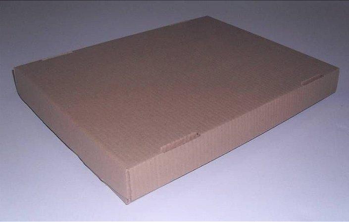 CAIXA P/ SALGADO/DOCE TAMPA E FUNDO 42X32X5 -  PARDO C/ 300 UNIDADES
