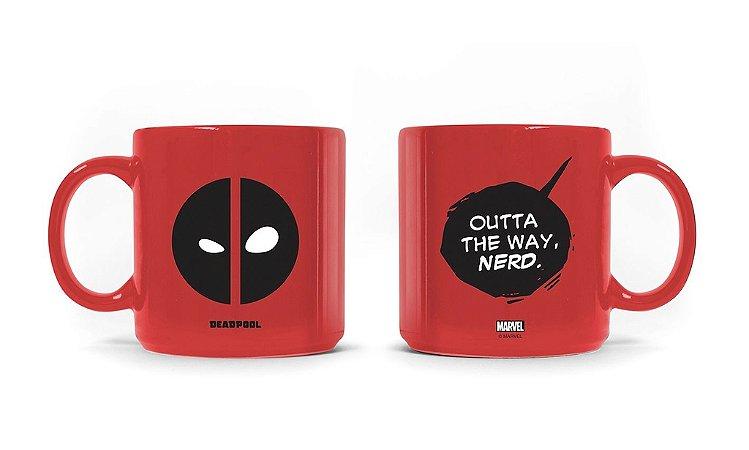 Caneca Marvel Deadpool Nerd