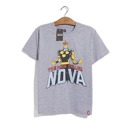 Camiseta Marvel Nova