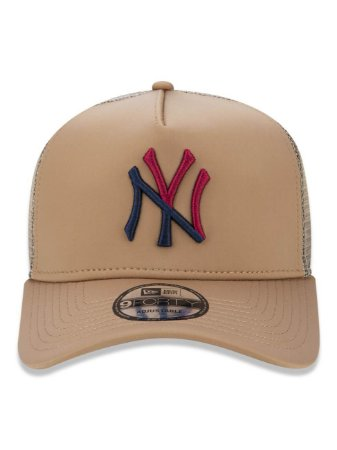Boné New Era 9Forty New York Yankees A-Frame Bege Snapback