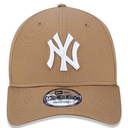 Boné New Era 9Forty New York Yankees Kaki Snapback Aba Curva