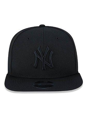 Boné New Era 9Fifty New York Yankees Blackout Original Fit Snapback