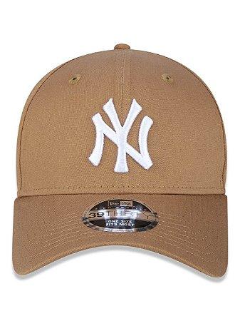 Boné New Era 39Thirty MLB NY Yankees Kaki Flexhat S/M Curvo