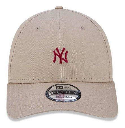 Boné New Era 9Forty MLB New York Yankees Mini Logo Bege