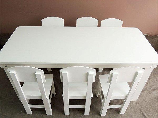 Mesa Infantil (cadeirinhas não inclusas)