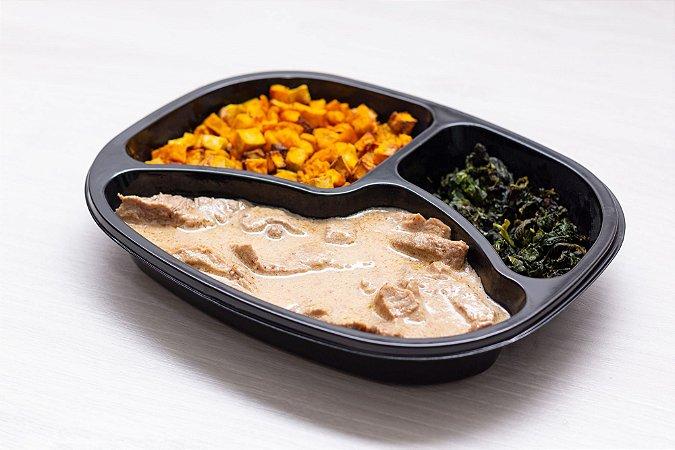 (APENAS SP) LowCarb - File Mignon com molho de mostarda + abóbora + espinafre