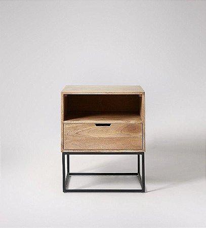 Mesa de Cabeceira metal madeira - 100% MDF 18mm - Metalon - Produto montado